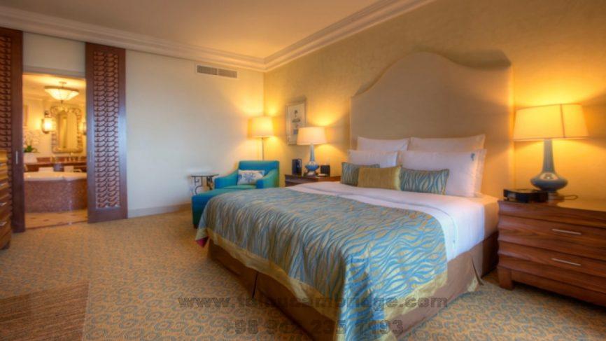 رزرو اتاق در هتل به انگلیسی book hotel room conversation