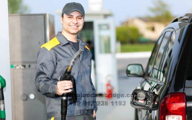 اصطلاحات انگلیسی در پمپ بنزین gas station conversation