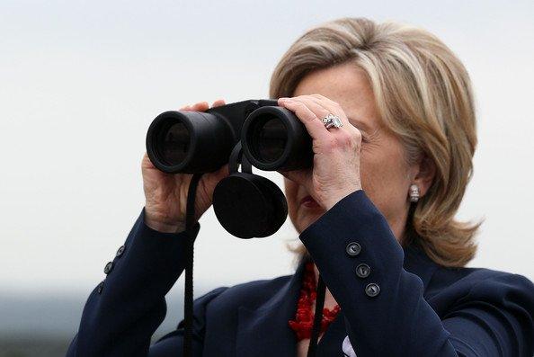 دوربین شکاری به انگلیسی