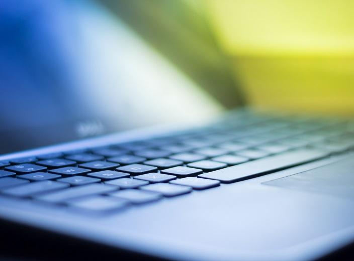 نحوه آموزش آنلاین مکالمه زبان انگلیسی online English learning
