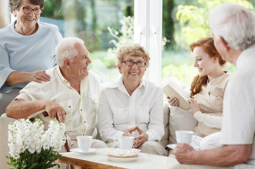 نحوهی آموزش زبان انگلیسی برای افراد مسن