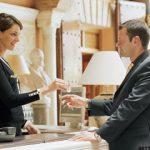 تدریس خصوصی درخواست خدمات هتل به زبان فرانسه