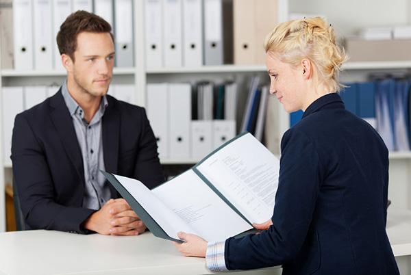 تدریس مصاحبه شغلی درباره تجارت به زبان انگلیسی