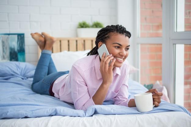 درس اصطلاحات مکالمه تلفنی در زبان انگلیسی
