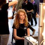 آموزش مکالمه آرایشگر و مشتری در زبان فرانسه