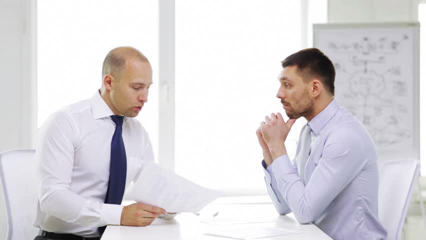 آموزش توصیههای تجاری در مصاحبه شغلی به انگلیسی