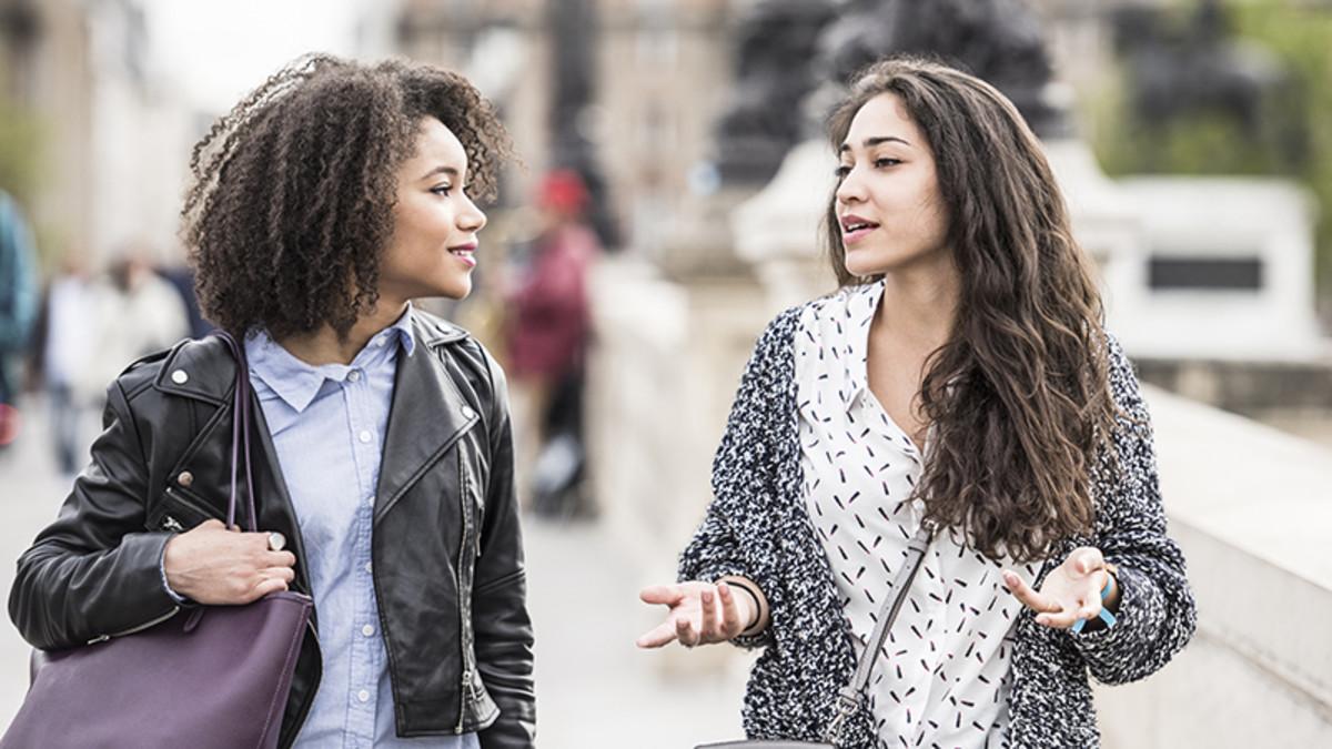 آموزش عبارات پرسشی مکالمه در خیابان به فرانسه
